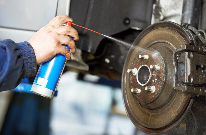 will brake cleaner remove paint