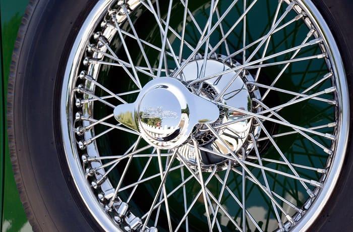can you wax chrome wheels