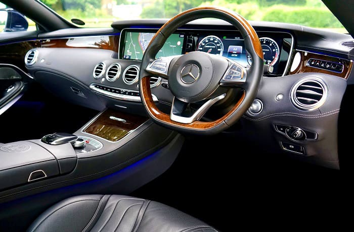does mercedes use real wood