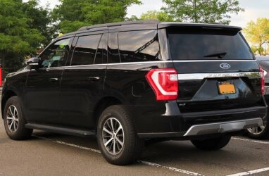 4 Common Ford Expedition Third-Row Seat Problems (Explained)