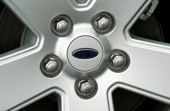 can you paint lug nuts